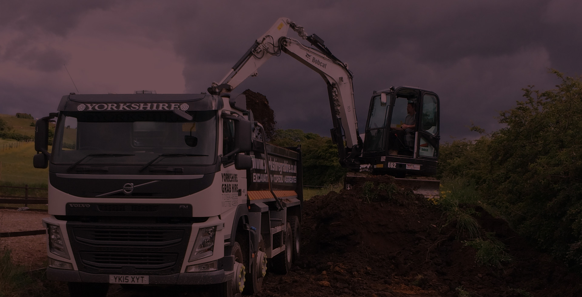 We can provide Type 1 and Type 2 crushed concrete, road planings and other aggregates. These are good for Roads, Footpaths, Car parks, Driveways, Building bases, Hard standings and more from Yorkshire Grab Hire
